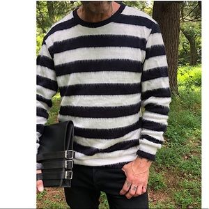 Black and white stripes man sweater